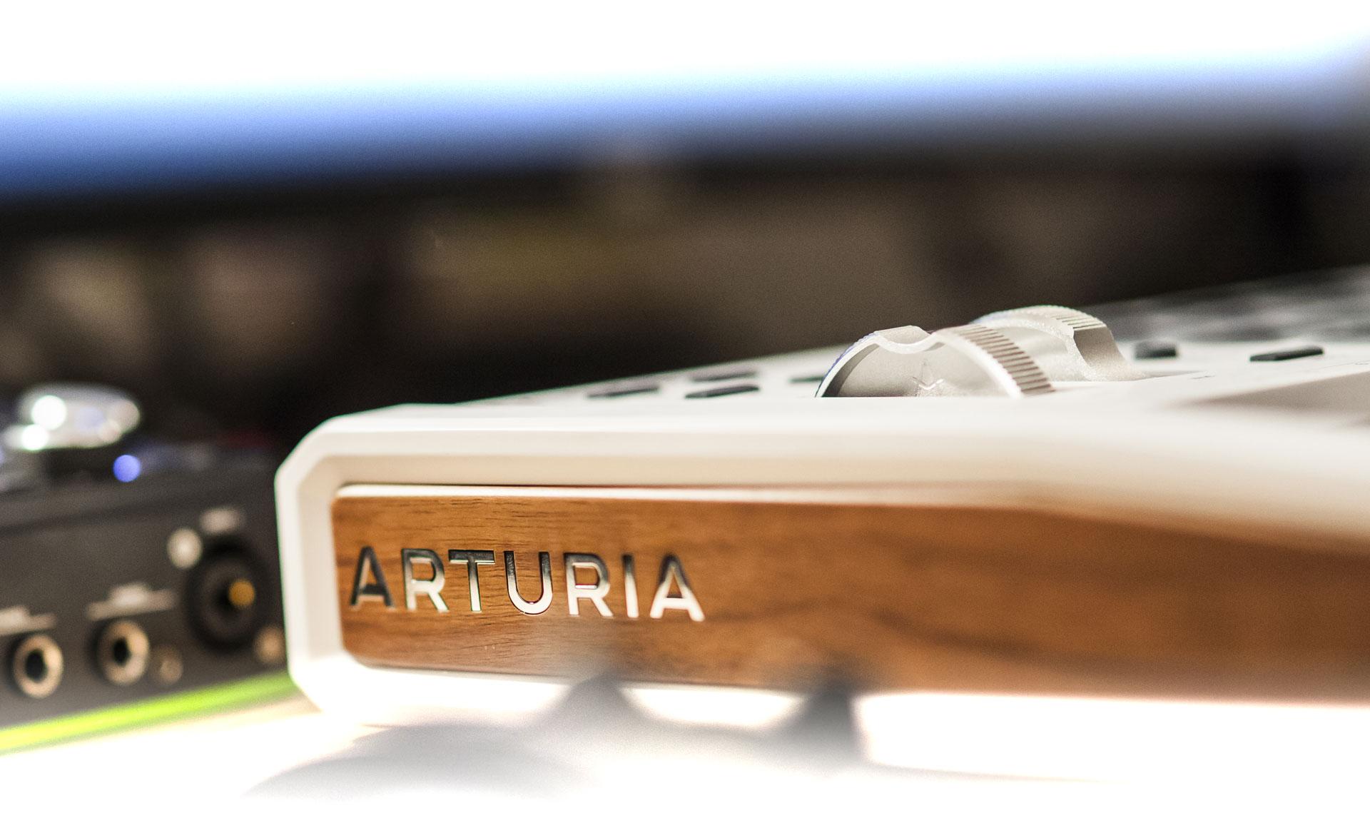 Arturia - Details